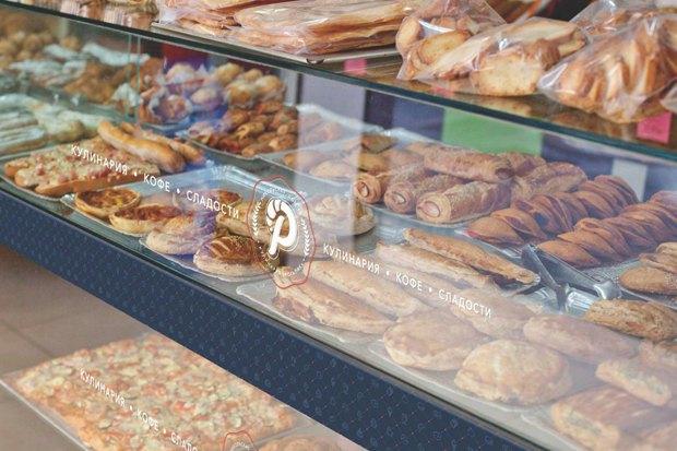 Заведения White Rabbit Family наДаниловском рынке, кафе «Рогалик» и бургерная «ПитерБургер». Изображение № 3.