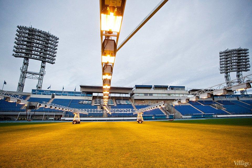 По газону не ходить: Работа агронома нафутбольном стадионе . Изображение № 9.
