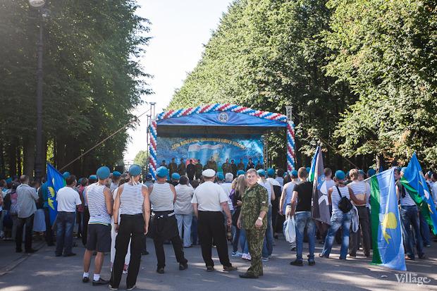 Фоторепортаж: День Воздушно-десантных войск в Петербурге. Изображение № 7.
