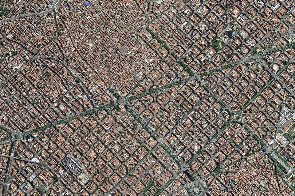 Лучшие виды городов мира изкосмоса. Изображение № 3.