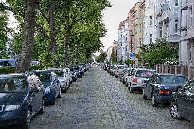 Как у них: Жители 5 столиц оплатных парковках. Изображение № 23.