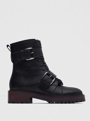 33 пары женской обуви на зиму. Изображение № 20.