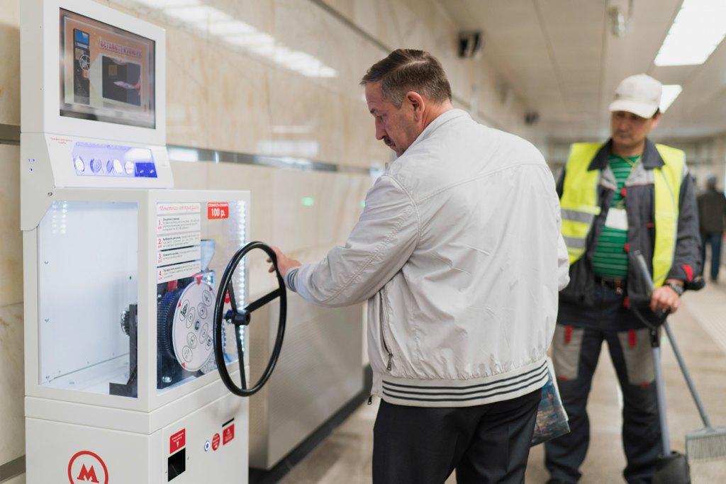Зонтпэкер изарядка для гаджетов—как устроена станция метро «Котельники». Изображение № 33.