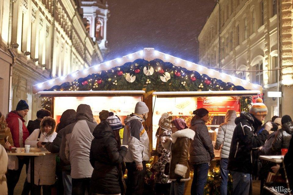 Фоторепортаж: Новогодние ярмарки в центре Москвы. Изображение № 34.