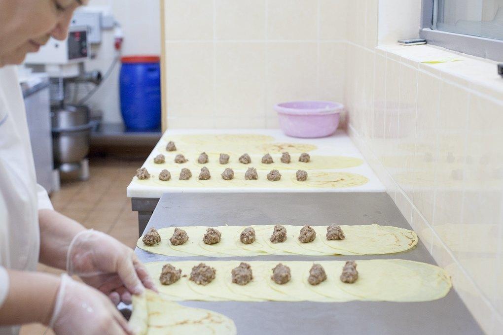 Производственный процесс: Как готовят кошерные обеды для авиапассажиров. Изображение № 9.