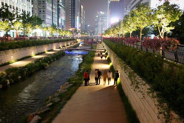 Иностранный опыт: Раскопанная река в Сеуле. Изображение № 10.