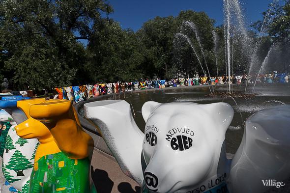 В Александровском саду выставили медведей United Buddy Bears. Изображение № 8.