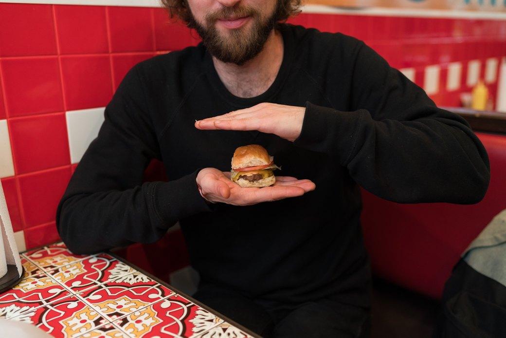 Можно ли есть новые московские бургеры. Изображение № 17.