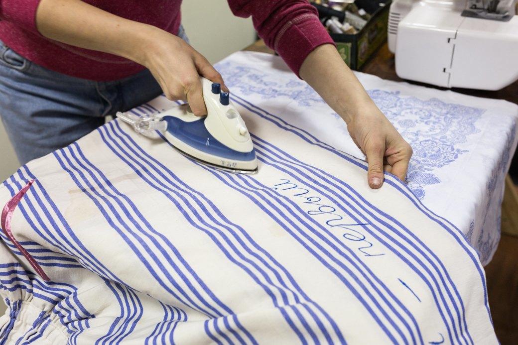 Как художницы-феминисткистали шить юбки для женщин имужчин. Изображение № 7.