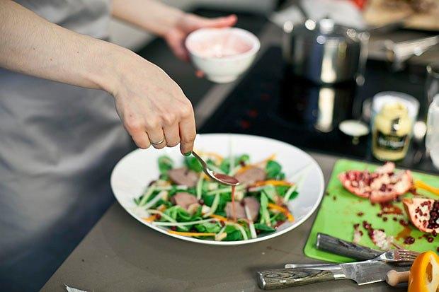 Шеф дома: Ростбиф-салат и тыквенная каша Мириам Сехон. Изображение № 66.