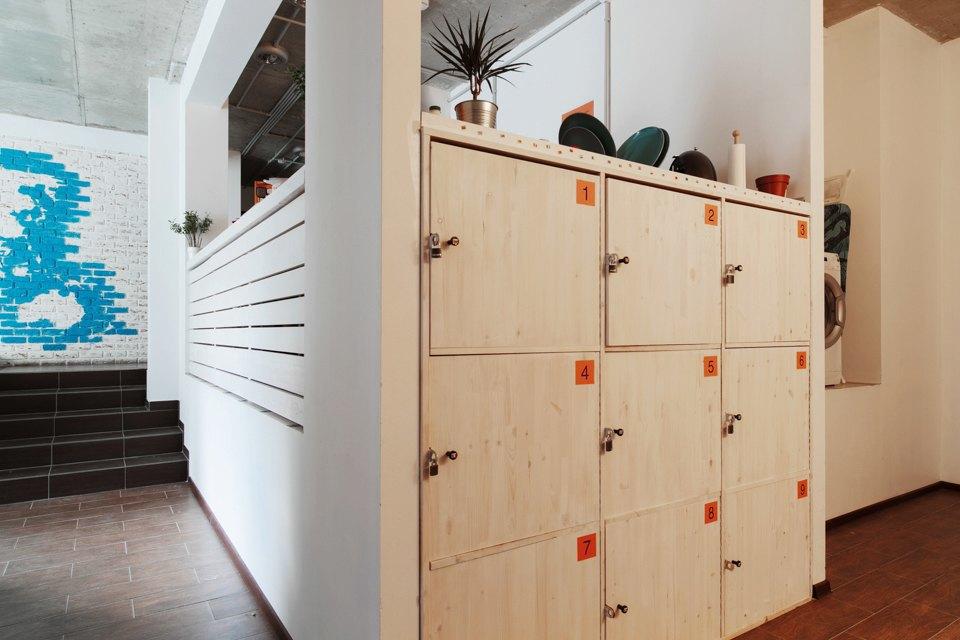 Хостел на«Белорусской» сномерами-каютами идвухэтажной двуспальной кроватью. Изображение № 20.
