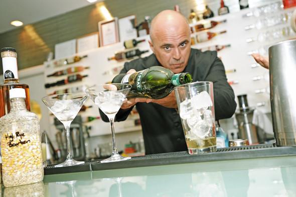 Прямая речь: Шеф-бармен Тони Абу-Ганим — о правильной водке, миксологии и коктейле бармена. Изображение № 2.