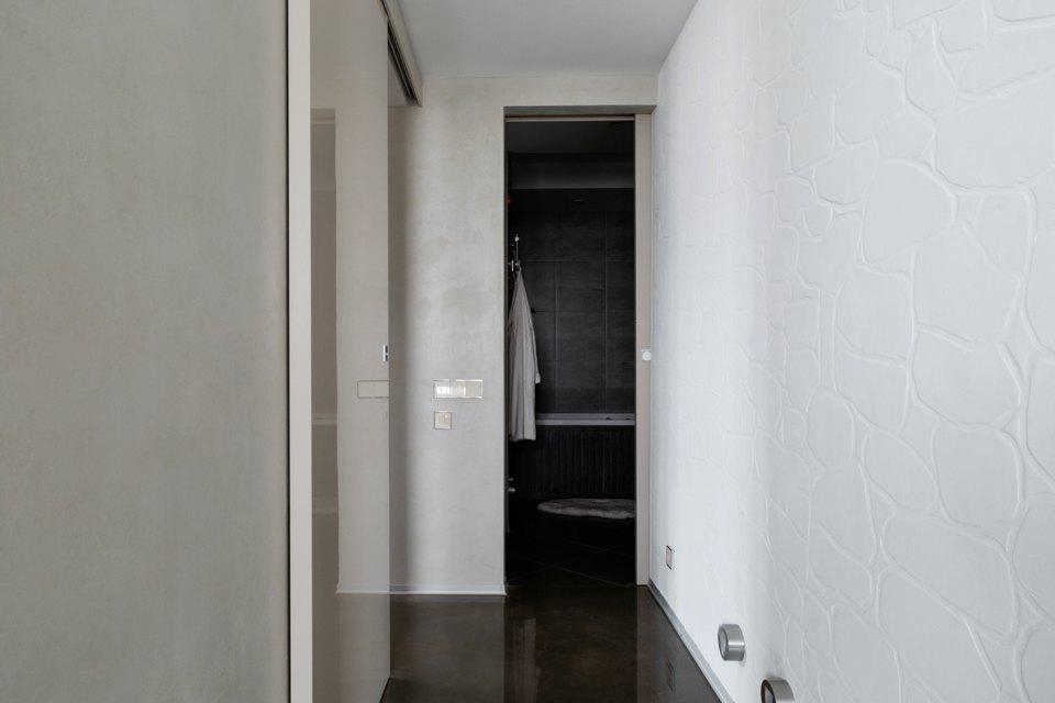 Трёхкомнатная квартира сэклектичным интерьером. Изображение № 19.