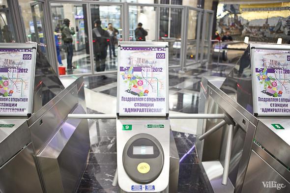 На новой станции метро «Адмиралтейская» уже произошло несколько аварийных остановок эскалатора. Изображение № 9.