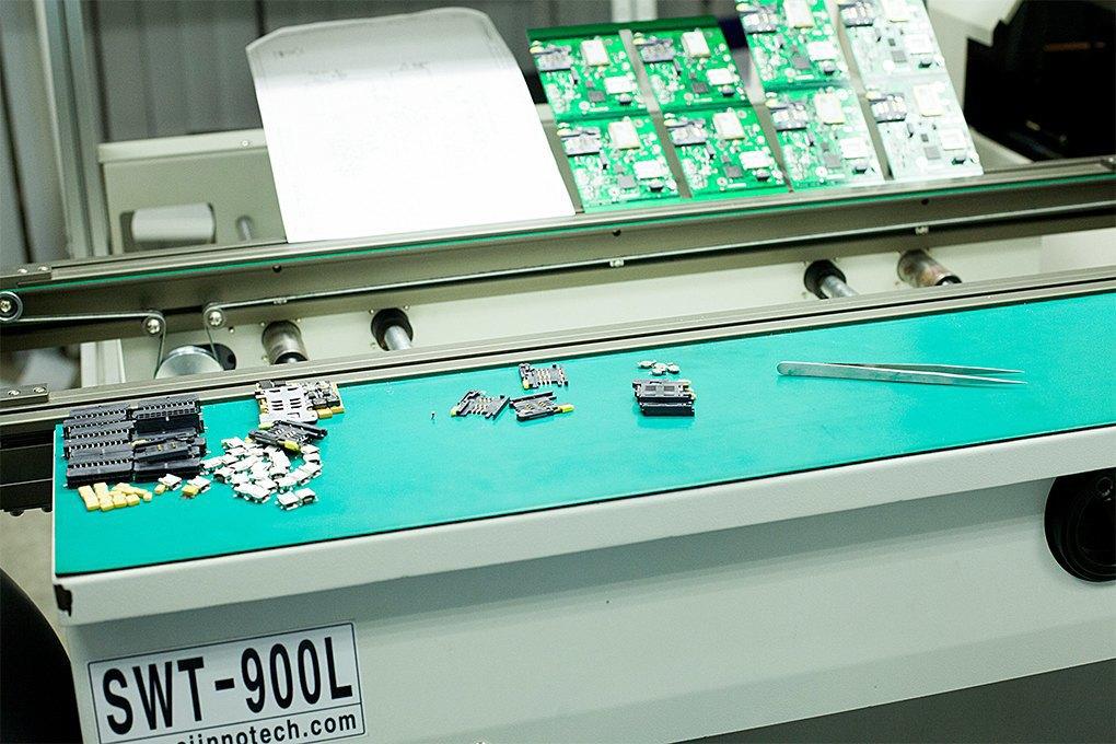 Производственный процесс: Как делают платы для электроники. Изображение № 13.